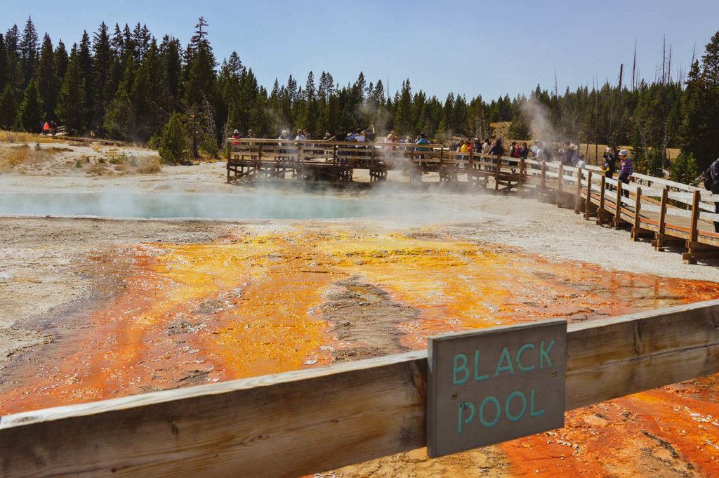 sign black pool usa yellowstone