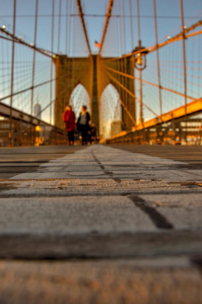 sunset_brooklyn_bridge_ny_usa