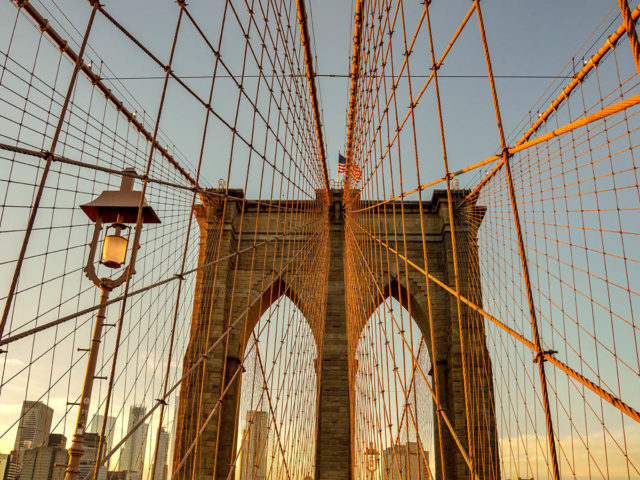 brookyln_bridge_sunset_ny_usa