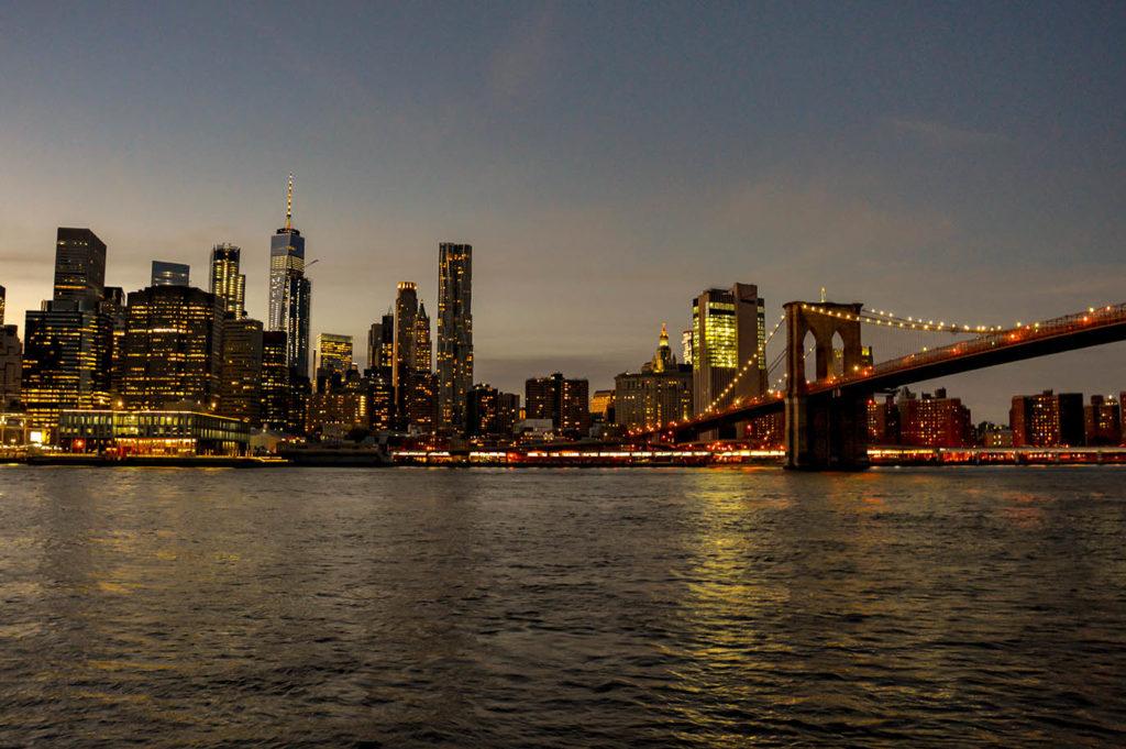 skyline_evening_ny_usa