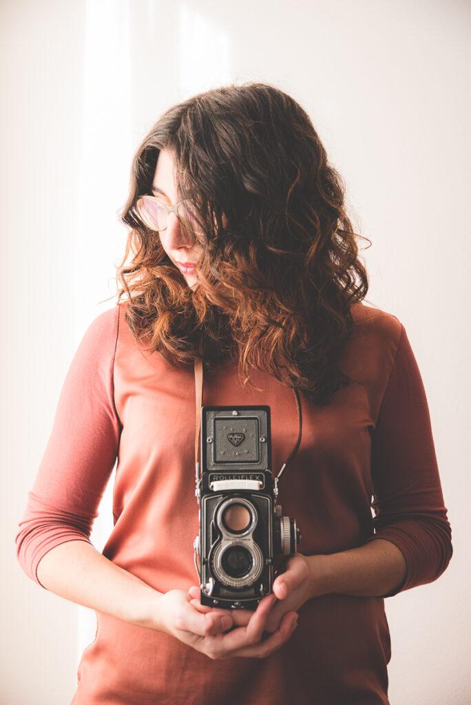 Self portrait Rolleiflex Marina Chirico contact me